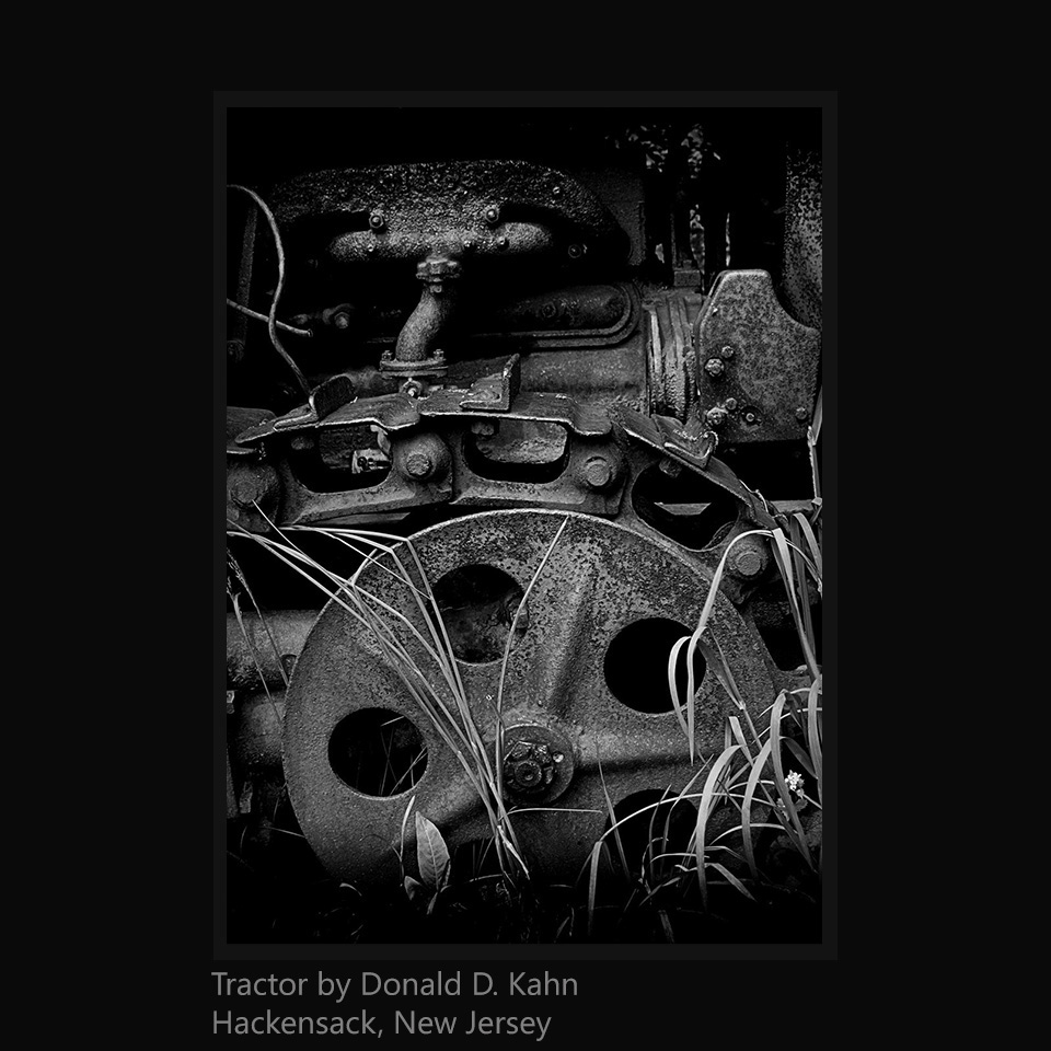 Kahn, Donald D - Tractor